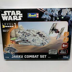 Revell 06758 Star Wars Jakku Combat Set Millennium Falcon / TIE Fighter Kits VGC