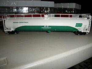 Penn Central ACF 33,000 gallon tank car   # 799007