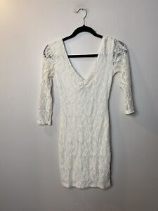 Pins And Needles Women's Size Small Bodycon Dress White Floral 3/4 Sleeve