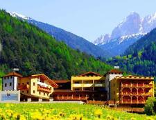 10T Wellness Kurzurlaub im Hotel Bergschlössl 4★★★★ in Südtirol Dolomiten für 2P