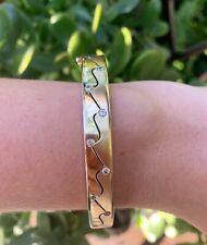 9ct Gold Two Finish Bangle Bracelet