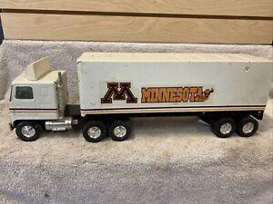 NYLINT GMC Minnesota Gophers 18 WHEELER SEMI TRUCK, Toy Truck Steel
