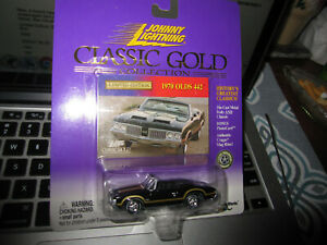2000 JOHNNY LIGHTNING 'CLASSIC GOLD' SERIES 1970 OLDSMOBILE 442 CONVERTIBLE