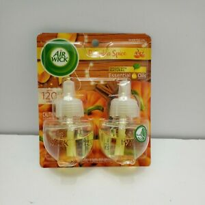Air Wick plug in Scented Oil 2 Refills Pumpkin Spice/Holiday scent 2x .67oz