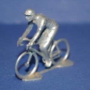 Cycliste miniature Roger en métal position Rétro Rouleur 1/35 - Cycling figure