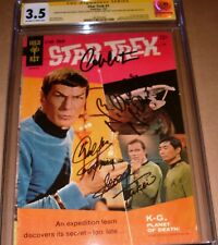 Star Trek #1 Gold Key CGC SS SIGNED Shatner Takei Koenig Nichols 1967 Photo Cast