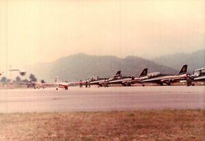 FOTO ANNI '90 - FRECCE TRICOLORI ALL'AERPORTO DI VILLANOVA D'ALBENGA SV  C16-572