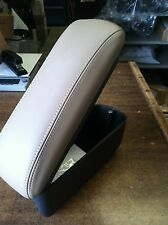 NISSAN VERSA NOTE 2014-2016 BEIGE TOP LEATHER ARMREST - SLIDING TOP WITH STORAGE