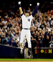 DEREK JETER NEW YORK YANKEES UNSIGNED 8x10 PHOTO (DD)