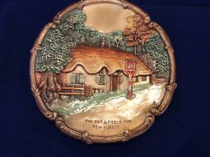 Very Rare Vintage Chalkware Wall Plaque - The Cat & Fiddle Inn New Forest