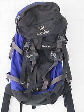 VTG ARC'TERYX BORA 30 CLIMBING BACKPACK SIZE LARGE COBALT BLUE PURPLE BLACK