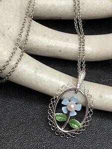 Vintage Signed KREMENTZ Faux Pearl Enamel Flower Pendant Necklace