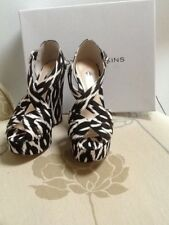Dorothy Perkins black and white open wedges, Parcy UK 3