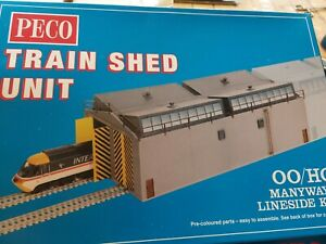 PECO LK-80 OO/HO GAUGE TRAIN SHED UNIT