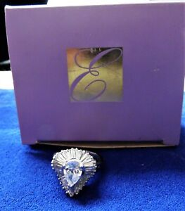 Elizabeth Taylor for Avon Vintage Midnight Romance Ring Heart Shaped Size 9