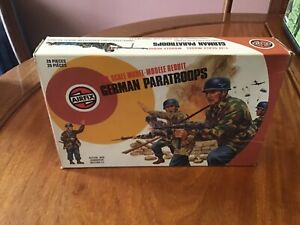 Airfix 1 32 scale target boxed German Paratroops vgc