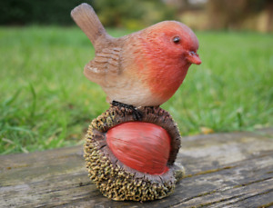 Robin Redbreast On Chestnut Garden Ornament Resin Outdoor Lawn Decoration Gift