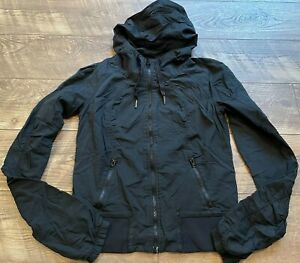LULULEMON Black Zip Up Hooded Lined Gym Yoga Athletic Casual Jacket womens Small