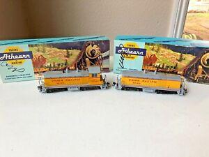Athearn (BB) #4007&4032 HO SW1500 Cow&Calf Locomotive-Union Pacific #DS 1870-VGC