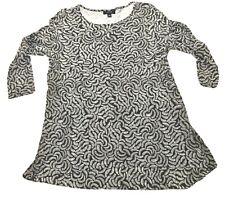 A-Line Tunic Top Black & White Fan Print Size M