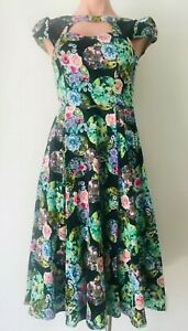 Hearts & Roses Dress Size 8 Fit & Flare