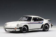 Porsche 911 930 turbo 3.0 White blanco Martini 1976 AA Autoart 1:18