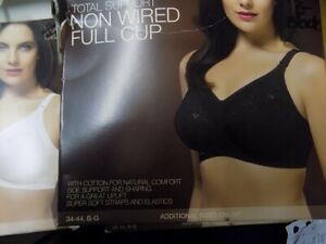 Ex M&S Total Support Non Wired Full Cup Bra WHITE (HA82)