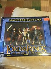 Lord of the Rings Toy Biz Return of the King Mount Doom Gift Pack 2004 MIB