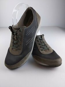 Dansko Womens Hayes Sneakers 9.5-10 (EU 40) Charcoal Gray Suede Leather Lace Up