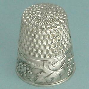Antique Sterling Silver Grape Vines Child's Thimble by Webster Co * Circa 1900s