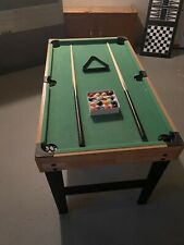 New listing mini pool table In Great Condition