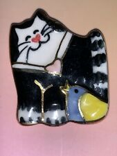 SWEET Vintage Painted Ceramic Black White CAT Kitty & Bird Friends BROOCH Pin