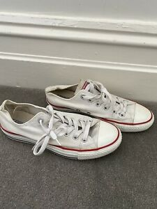 Converse Chuck Taylor Sneakers 9