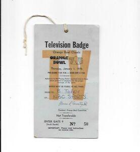 ORANGE BOWL NBC TV BADGE JAN.1,1976 OKLAHOMA SOONERS VS MICHIGAN WOLVERINES