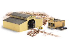 HOBBY TRAIN  N Scale Walthers Cornerstone Walton & Sons Lumber Building Kit