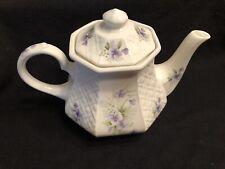 Sadler England Windsor Lattice Tea Pot with Lid featuring Violets & Leaves EUC