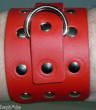 2 rote Leder-Armbänder mit Ziernieten u. Schmuckring mit Schnallenverschluß LWPH