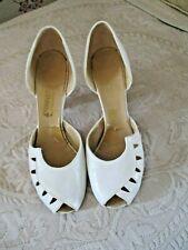 "Vintage 1940's Leather Ladies White Shoes Peep Toe 4"" Heel size 8 1/2"