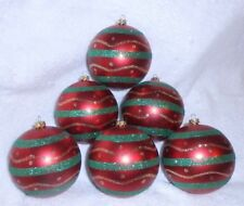 Set of 6 Red Green Gold Ball-Shaped Ornaments