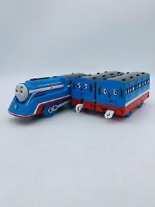 Motorized Trackmaster Thomas & Friends Train STREAMLINED Annie clarabel coaches