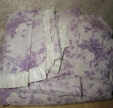 Bedroom set floral comforter, 4 curtains, 1 skirt, 1pillowcase 2 sheets twin