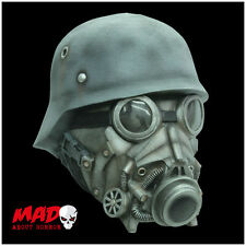 Deluxe Chemical Warfare Latex Mask - Horror Gas Mask Halloween Costume