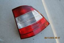 1998 1999 2000 2001 MERCEDES ML320 OEM RIGHT SIDE TAIL LIGHT W163