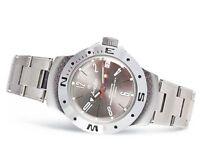 Vostok Amphibian Watch 060284 Military Automatic Russian Scuba Diver New