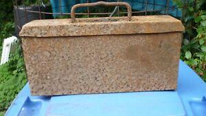 MG-Gurt-Kasten, Scheunenfund mit sandgelber Restfarbe