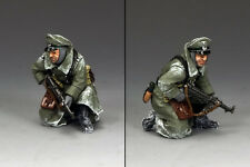 King & Country WWII Battle of Bulge German Kneeling Officer with MP40 BBG081