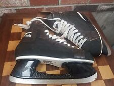 VINTAGE CCM TACKS HOCKEY SKATES. SIZE 11 BLACK TUUK