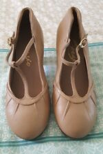 CAPEZIO 4 M Tap Dance Shoes Tan Beuge Nude Leather Heel B33