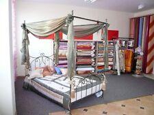 Klasisches handgearbeitet Himmelbett Eryka 160 x 200 + Lattenrost