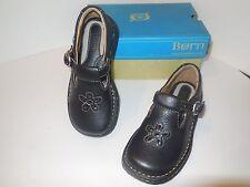 BORN Trinity Black Leather Girls 8.5 M-US NIB Casual Shoes